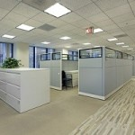 10 Tips to Organizing a Small Cubicle at Work